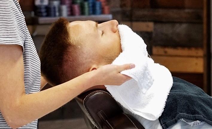 """""""Habeme ajamine kuuma rätikuga + juukselõikus"""", mis see veel on?"""